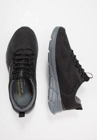 Skechers Sport - EQUALIZER 4.0 - Sneaker low - black/hot melt/charcoal - 1