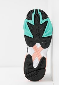 adidas Originals - FALCON 2000  - Sneakersy niskie - grey one/glover pink/core black - 8