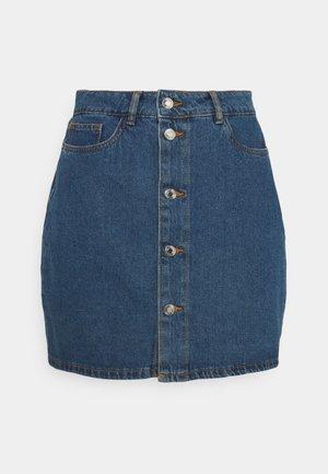 VMHARPER SKATER SKIRT - Mini skirt - medium blue denim