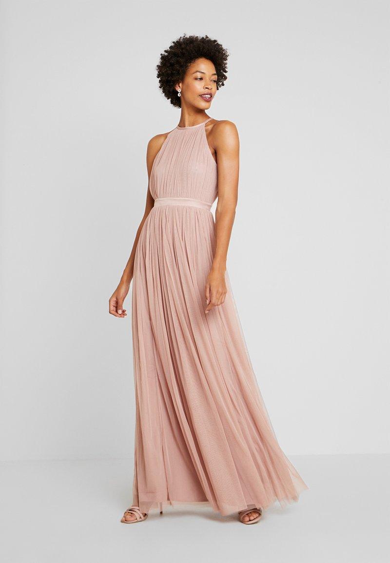 Anaya with love - DELICATE HALTER NECK WAISTBAND DRESS - Ballkjole - pearl blush