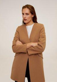 Mango - MERYL - Short coat - mittelbraun - 0