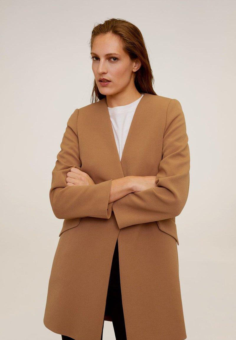 Mango - MERYL - Short coat - mittelbraun