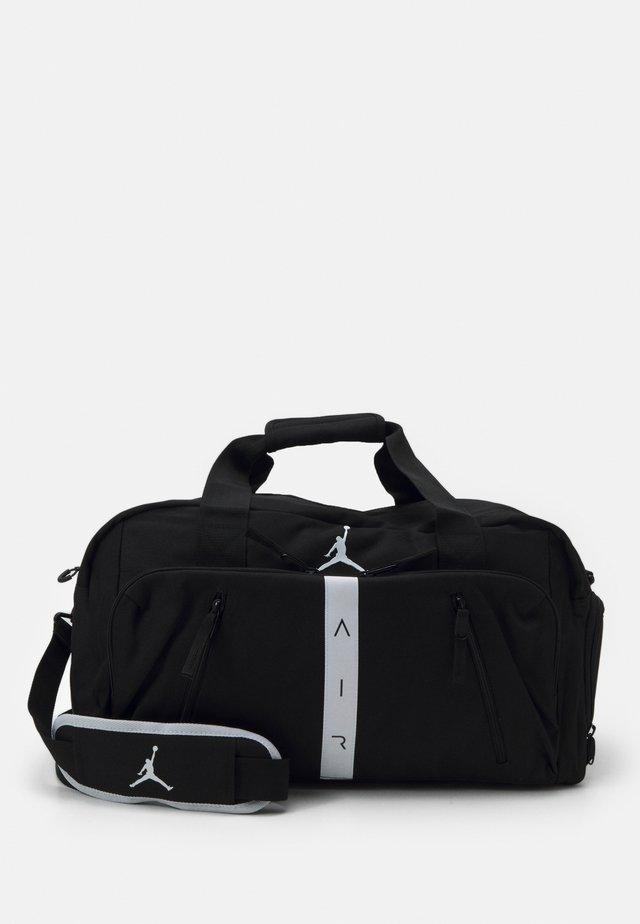 JAN AIR TRAIN DUFFLE BAG - Sportovní taška - black