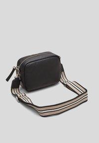 s.Oliver - Across body bag - black - 1