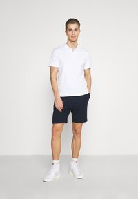 Selected Homme - SLHMICAH - Shorts - navy - 1