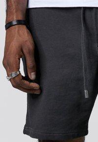 Tigha - Shorts - vintage grey - 3