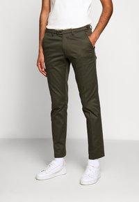 DRYKORN - KILL - Chino kalhoty - grün - 0
