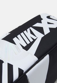 Nike Sportswear - UNISEX  - Torba sportowa - black/white - 3