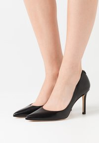 Guess - DAFNE - High heels - black - 0