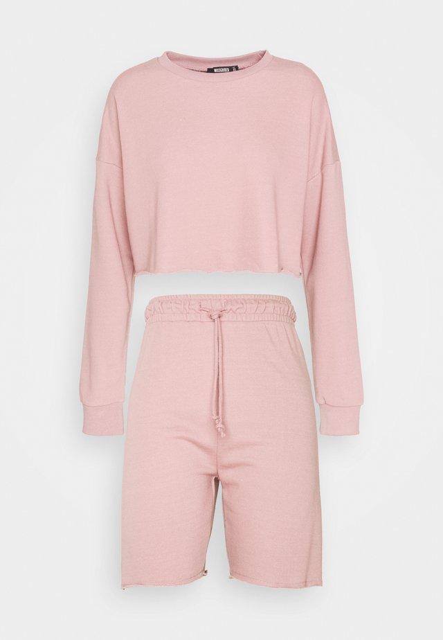 CROP CYCLING SHORT SET - Bluza - dusky pink