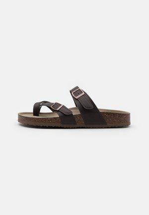 BRYCEEE - T-bar sandals - dark brown