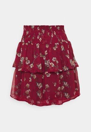 VMWONDA SMOCK SHORT SKIRT - A-snit nederdel/ A-formede nederdele - tibetan red/eliza