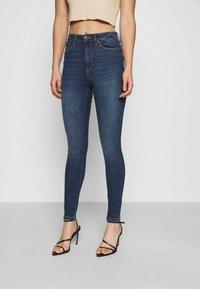 Vero Moda - VMSOPHIA SKINNY - Jeans Skinny Fit - dark blue denim - 0