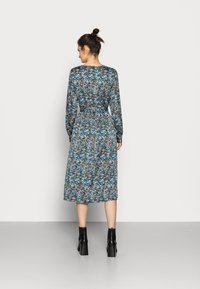Vero Moda Tall - VMLULU CALF DRESS - Day dress - black/lulu - 2