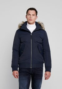 TOM TAILOR DENIM - TRIMMED BOMBER - Winter jacket - sky captain blue - 0