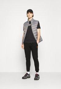 Ellesse - MIRKO - Pantalones deportivos - black - 1