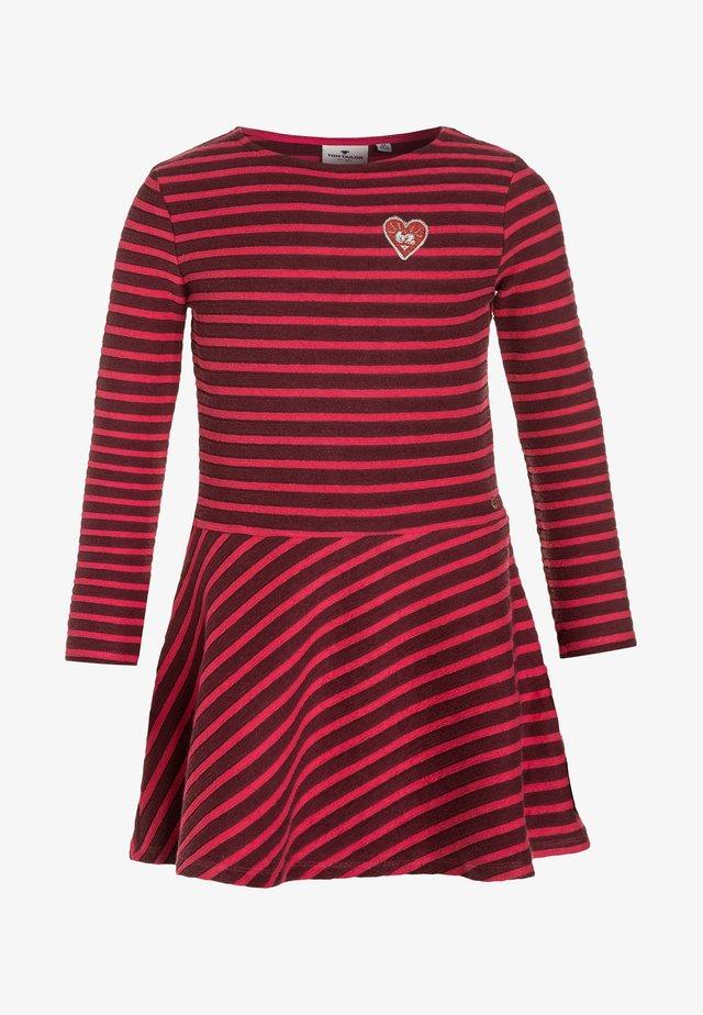 DRESSES - Jumper dress - flashy pink/rose