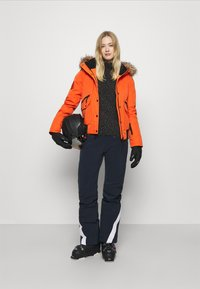 Superdry - EVEREST SNOW - Skijakke - havana orange - 1