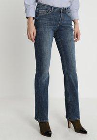 Esprit - Bootcut jeans - blue dark wash - 0