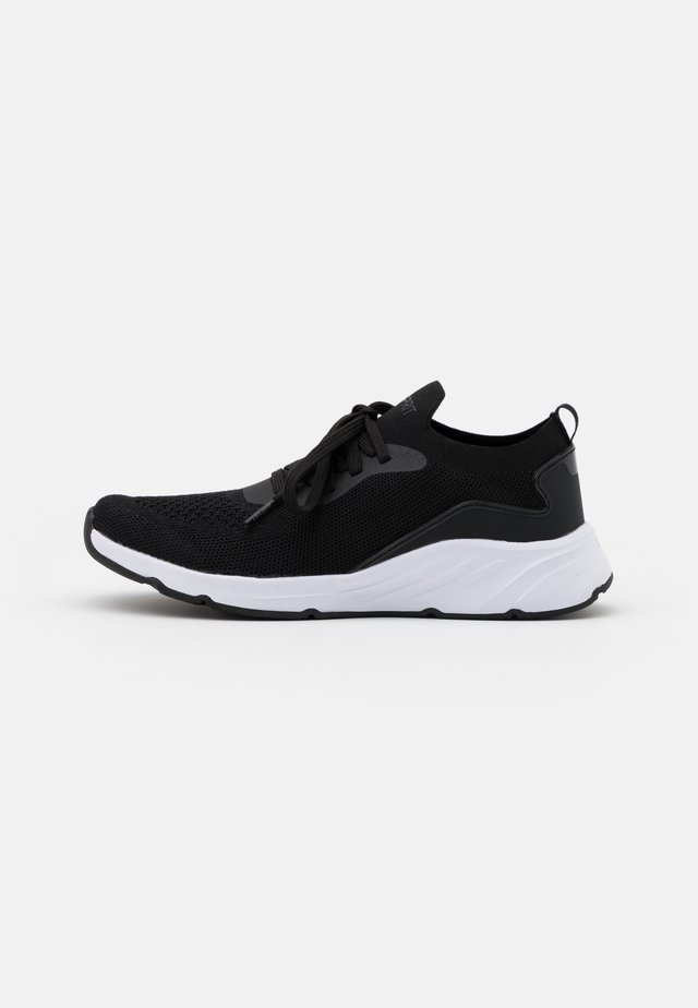 LIVERPOOL  - Trainers - black