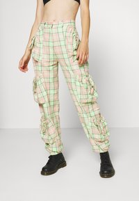 The Ragged Priest - SYMBOL PANT - Cargobukse - lime/pink - 0