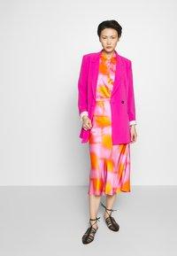 CECILIE copenhagen - GYRITH - A-line skirt - tangerine - 1
