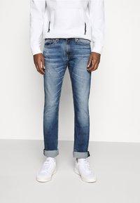 Tommy Jeans - SCANTON - Slim fit -farkut - light blue denim - 0