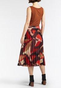 Sandwich - A-line skirt - bordeaux - 2