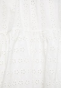 Glamorous Curve - WRAP DRESS - Day dress - white - 2