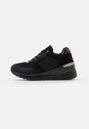 ERIQA - Trainers - black