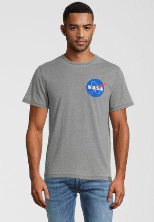 NASA POCKET LOGO - T-shirt con stampa - grau