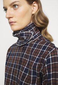 Victoria Beckham - RUFFLE - Button-down blouse - brown/navy - 4