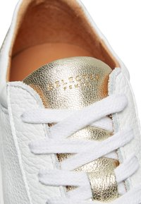Selected Femme - SFDONNA CONTRAST - Trainers - gold - 6