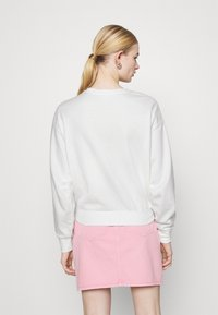 ONLY - ONLLUCINDA LIFE SHORT GIRLS BOX - Sweatshirt - cloud dancer/superhero - 2