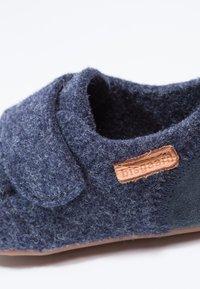 Bisgaard - HOME SHOE - Domácí obuv - blue - 5