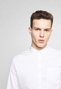Burton Menswear London - Skjorta - white - 4