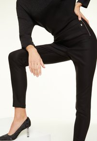 comma - Trousers - black - 3