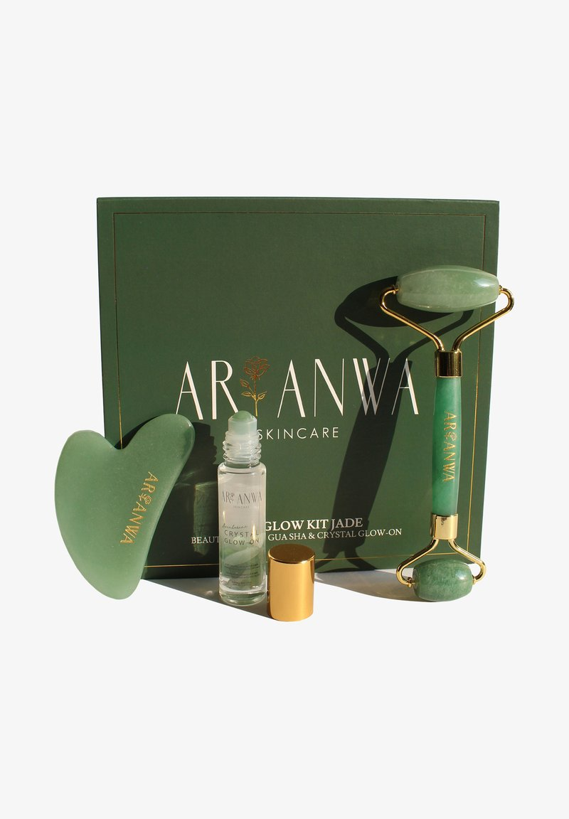 ARI ANWA Skincare - THE GLOW KIT JADE - Skincare tool - jade