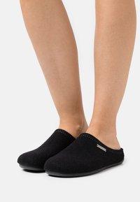 Shepherd - CILLA - Domácí obuv - black - 0