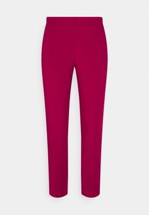 ANVRSY MARTIE PANT - Spodnie materiałowe - dark berry