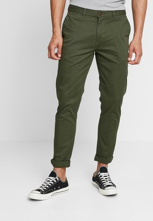 STUART CLASSIC SLIM FIT - Chinosy - military