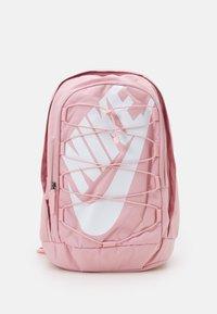 pink glaze/black/white