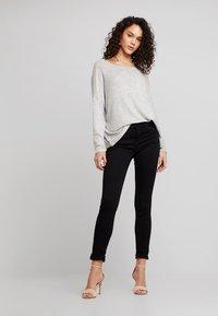 Noisy May - NMJEN SHAPER - Jeans Skinny Fit - black - 1