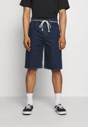 ONSLARS LIFE POCKET BOXY - Shorts - blue denim
