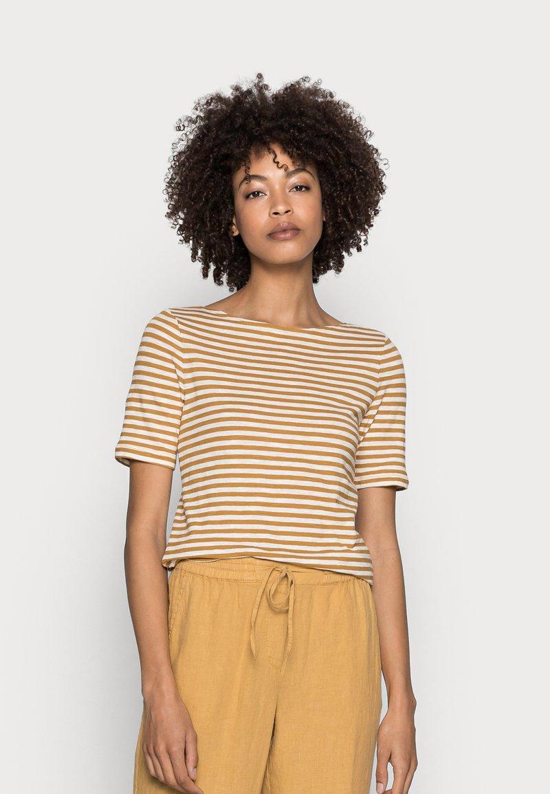 Marc O'Polo - SHORT SLEEVE BOAT NECK - Print T-shirt - multi/sweet corn