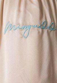 Missguided - SCRIPT SHORTS CAMI - Pyjama - champagne - 6