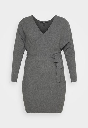 VMREM DRESS CURVE - Jumper dress - medium grey melange