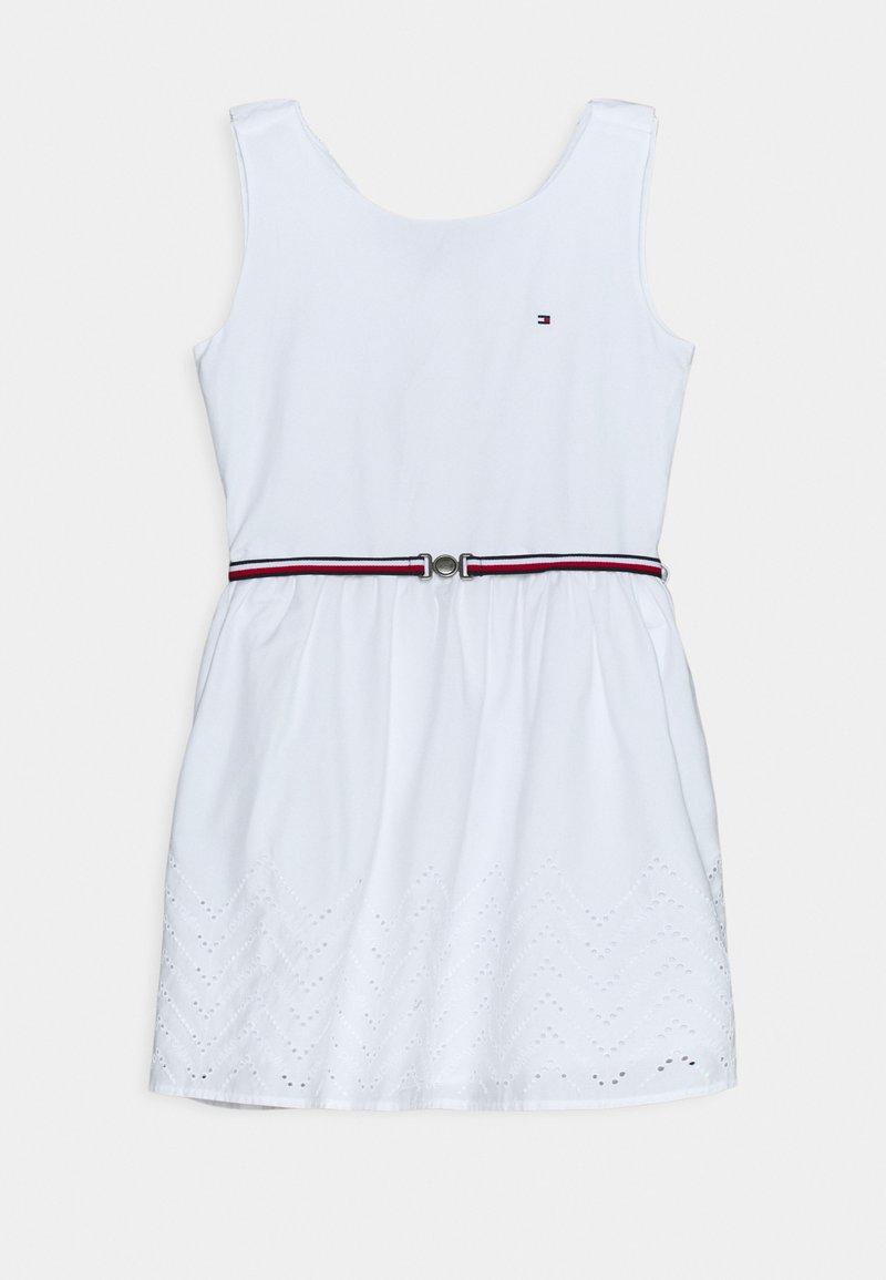 Tommy Hilfiger - SHIFFLEY HEM DRESS - Vestito estivo - white