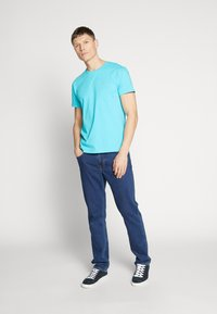 GANT - THE ORIGINAL - Camiseta básica - light blue - 1