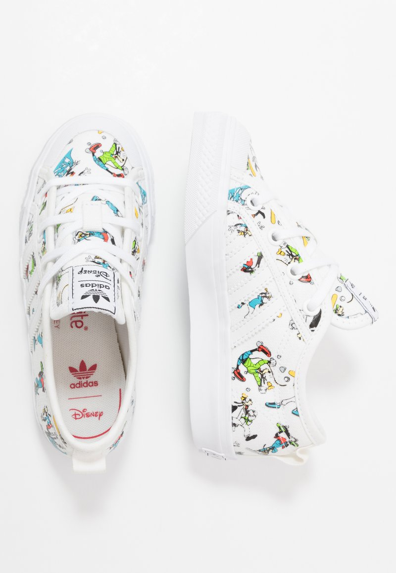 adidas Originals - NIZZA X DISNEY SPORT GOOFY - Trainers - footwear white/scarlet/core black